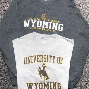 Champion Wyoming Cowboys Crewneck And T shirt Sz L